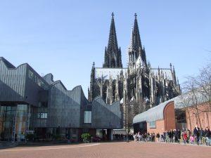 Heinrich-Böll-Platz, Museum Ludwig und Kölner Dom