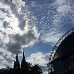 Wolken über dem Kölner Dom und dem Musical Dome - 26.07.2020